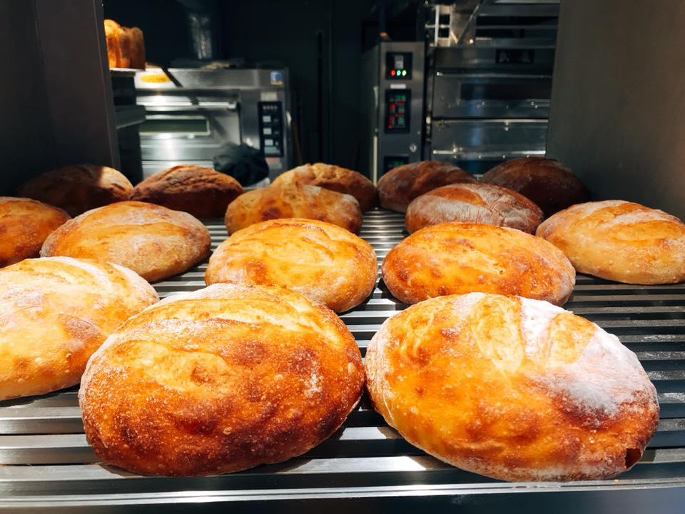 近く の 美味しい パン 屋
