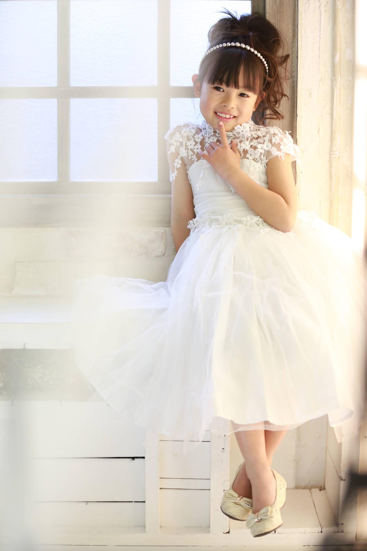 62fbcf05297bd 七五三で着物以外の衣装おすすめ! 7歳ドレス編  ライフスタジオ越谷店 ...